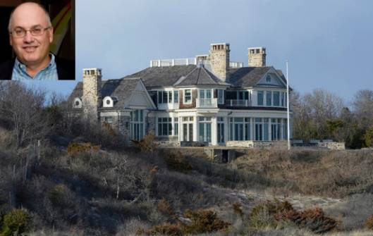 Billionaire Steven Cohen Buys $60M East Hampton Mansion