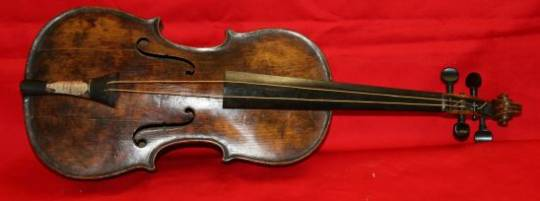Wallace Hartley's violin on the Titanic