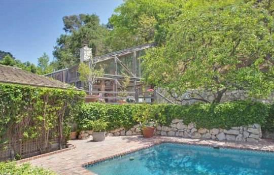 This Brentwood Street mansion is known to be a very private and gated area