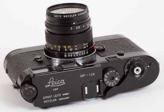 Leica camera auction