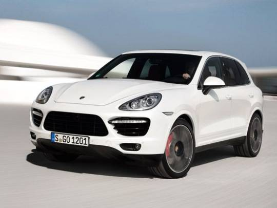 Porsche Introduces New Cayenne Turbo S