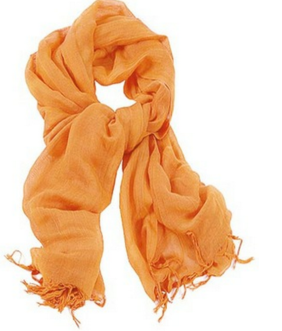 Susan Boyle wore a viscose scarf with a hand-knotted trim as she left United States of America after her appearance on