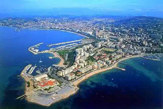 A panoramic view of Cannes