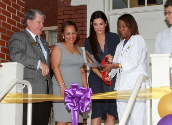 Sandra Bullock opens New Orleans school health clinic.