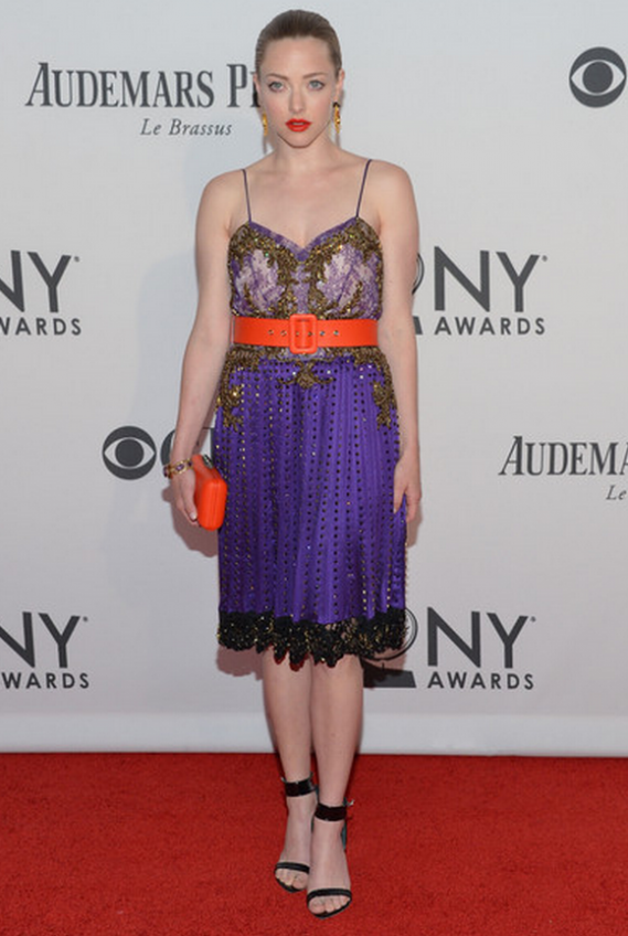 Amanda wore black Spring Sandals from Givenchy for the 66th Annual Tony Awards.
