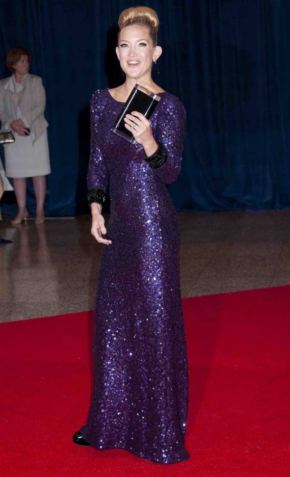 Actress Kate Hudson dressed up in Jenny Packham's gown for the annual White House Correspondents' Dinner.