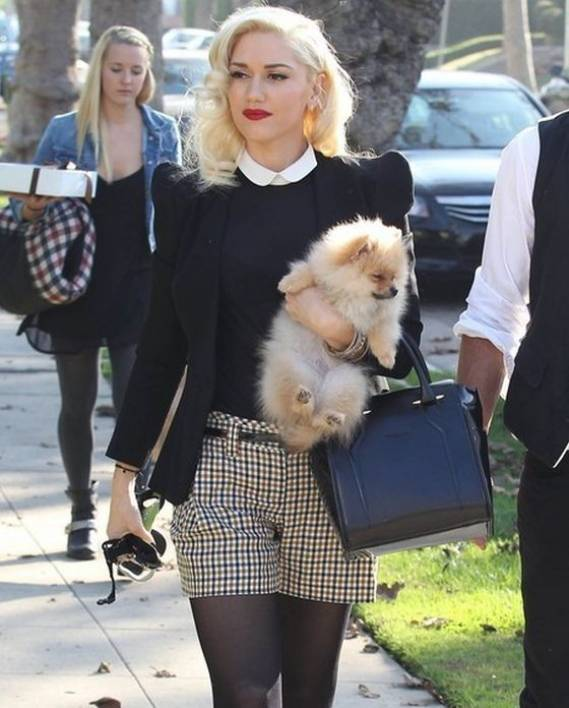 Gwen carries Thierry Mugler Agent Handbag