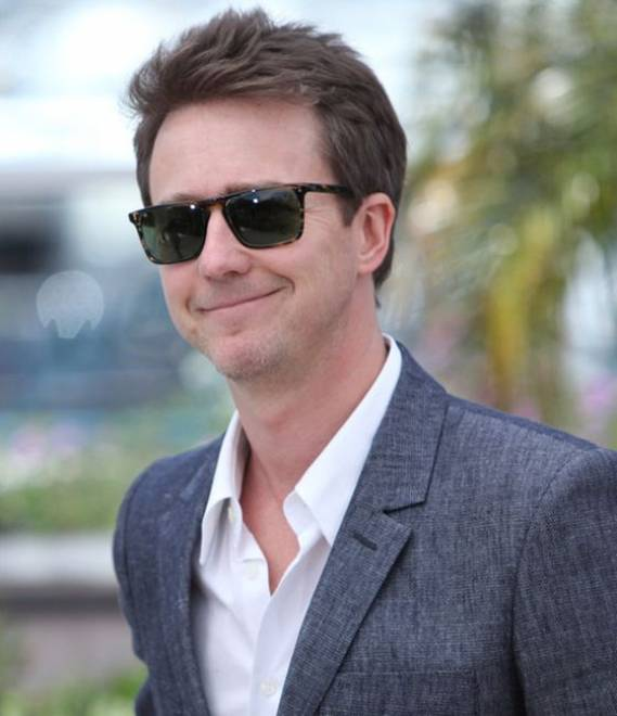 Edward Norton wears Oliver Peoples Bernardo Sunglasses
