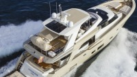 Chantier Naval COUACH Launches 2600 FLY Yacht
