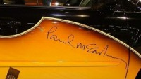 Signature of Paul McCartney