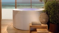 Zucchetti.Kos to debut Minipool overflowing bathtub for home spa