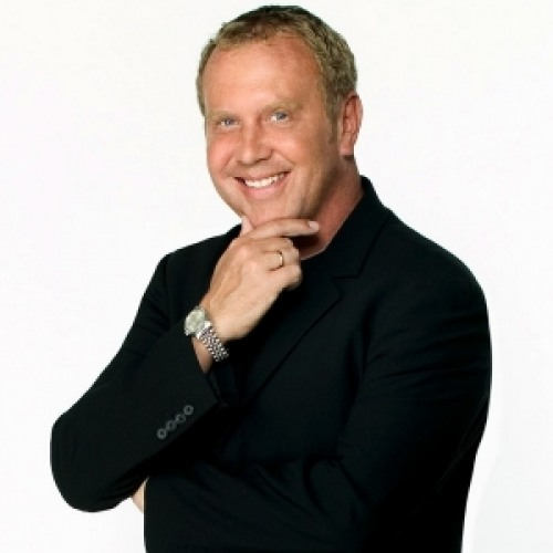 michael kors net worth biography quotes wiki assets cars homes and more. Black Bedroom Furniture Sets. Home Design Ideas