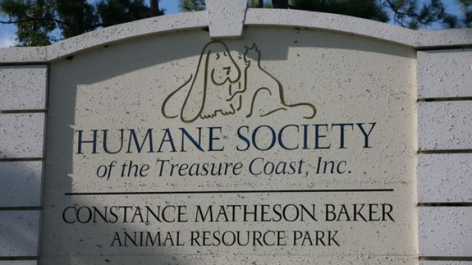 Underwood is a supporter of The Humane Society of the United States