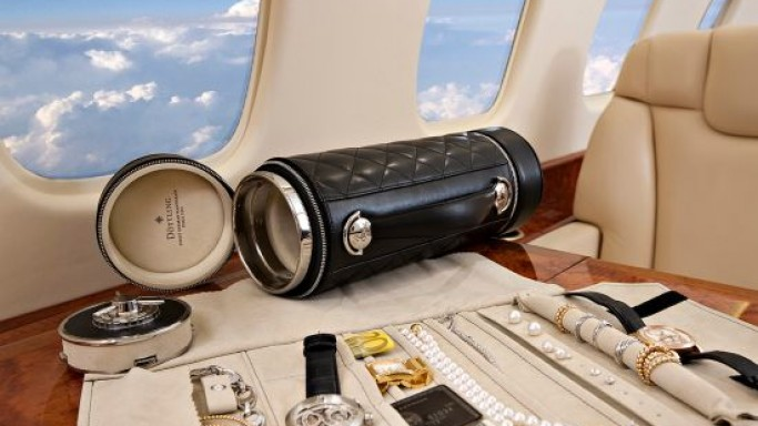 Doettling Guardian is the World's first Travel Safe for the Jet Setters