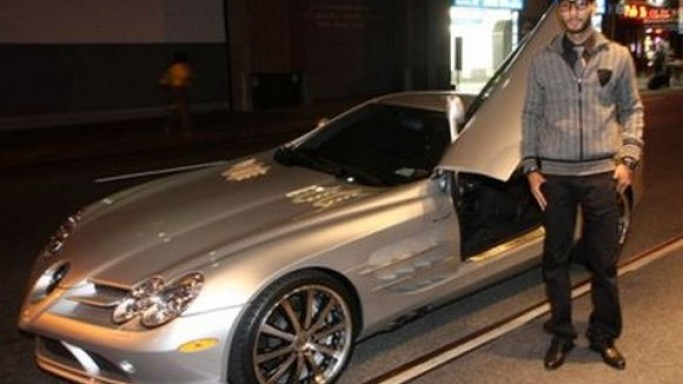 Swizz Beatz drives Mercedes SLR McLaren