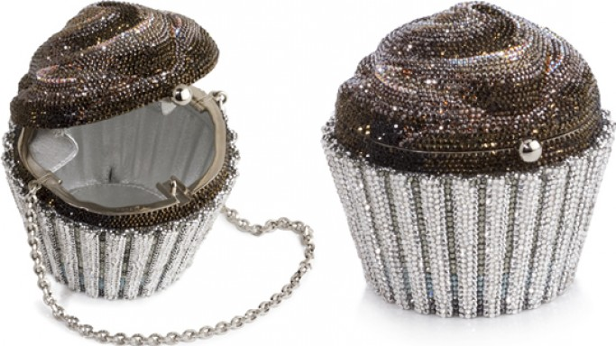 World's most expensive cupcake doubles as an evening bag!