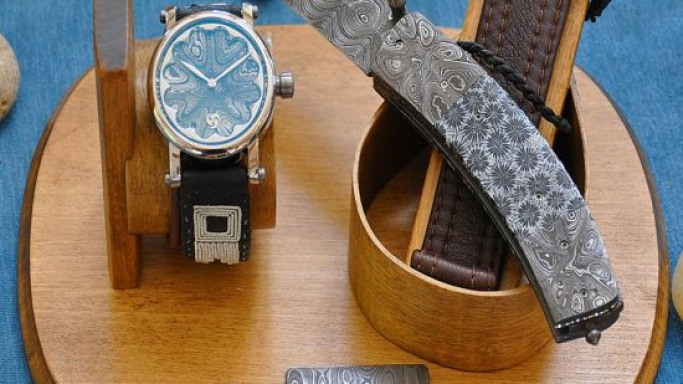 Gustafsson & Sjögren limited edition watch and knife set sells for $20k