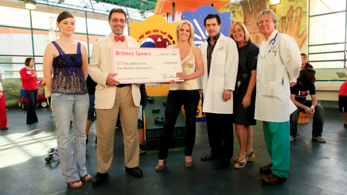 Britney Spears visits MCH and makes major donation