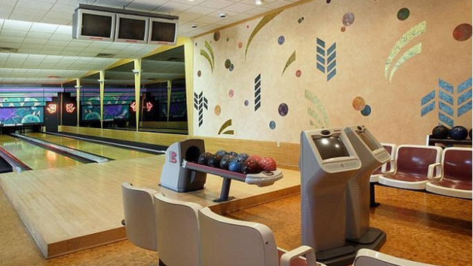 Bowling alley and Racquetball court