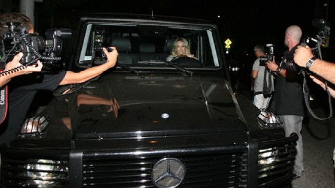 Hilary Duff drives Mercedes-Benz G500