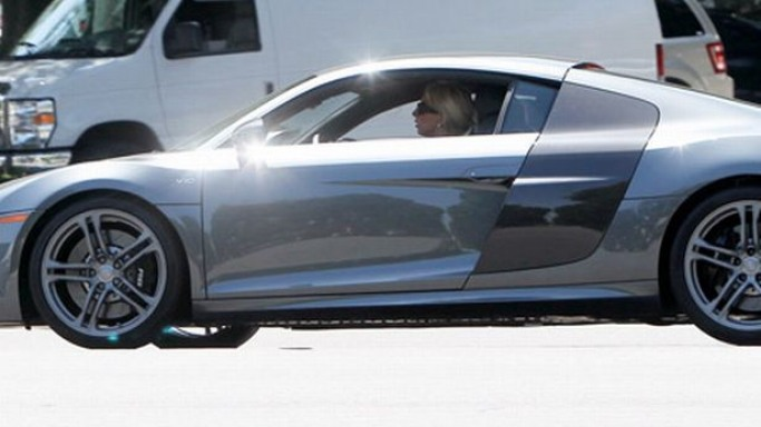 Lady Gaga drives Audi R8