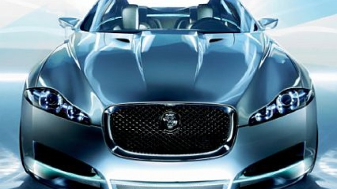 James Bond to drive Jaguar XF in Bond22